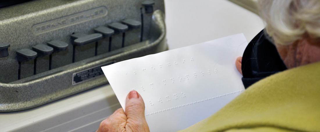 Reading a sheet of braille