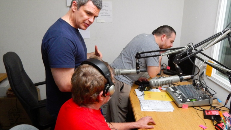 Reading Service of the Redwoods Joins Society for the Blind's Access News Program